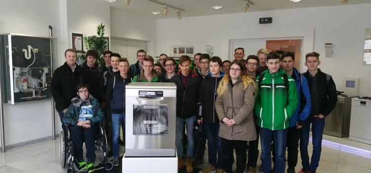 Betriebsbesichtigung bei BSH Hausgeräte GmbH in Dillingen